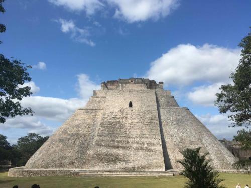Merida - Uxmal - Dzibilchaltun / Yucatan