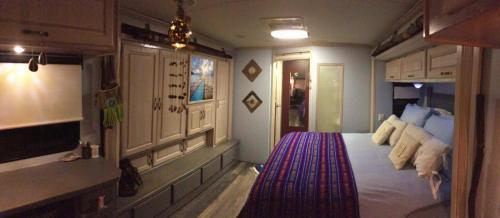 vue chambre vers sdb